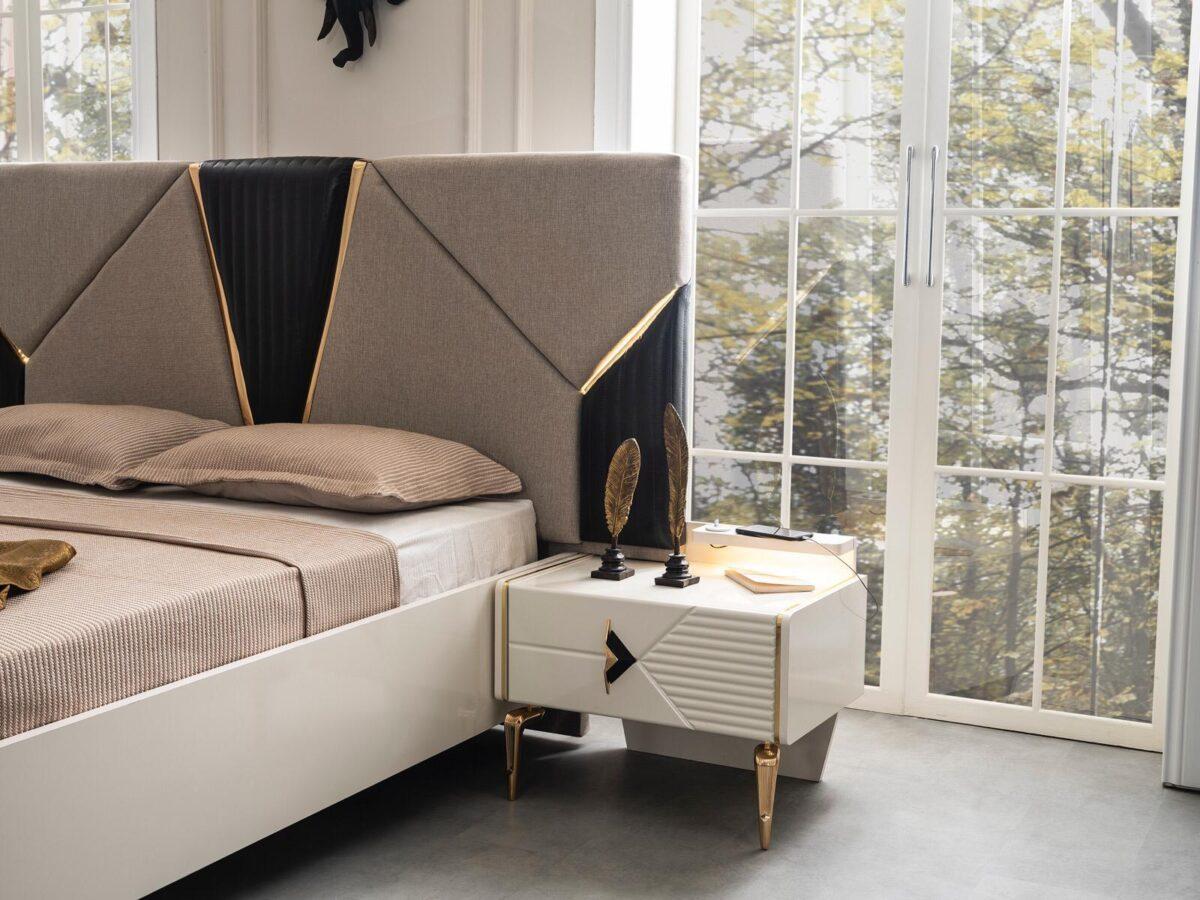 Eylül Yatak Odası
